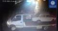 У Чернівцях невідомі на еквакуаторі вивезли авто