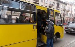 У Чернівцях петиція про відновлення руху маршрутки №42 набрала необхідну кількість голосів