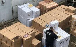 На Буковині податкові міліціонери вилучити цигарок на шість мільйонів гривень (фото)