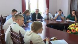 У Чернівцях депутати мали перевірити роботу притулку для тварин та посварилися (відео)