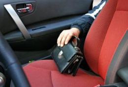 На Буковині випадковий попутник обікрав водія