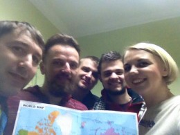 У Чернівцях відомий мандрівник розповів, як він без грошей об'їздив 12 країн (фото)
