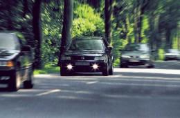 Буковинським водіям не обов`язково вмикати фари за містом