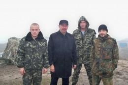 Свободівські волонтери з Буковини вчергове відвідали бійців-земляків на Сході (фото)