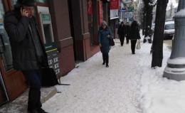 За неприбраний сніг у Чернівцях інспекція благоустрою оштрафувала 23 фірми