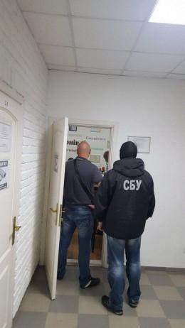 Начальнику відділу Чернівецької міськради оголошено про підозру