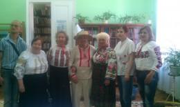 У Чернівцях влаштували показ українських вишиванок різних районів області (фото)