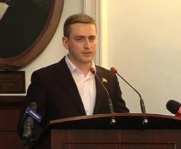 Суд остаточно скасував догану, яку мер Чернівців оголосив Володимиру Бешлею