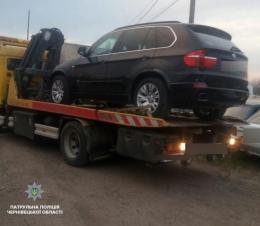 У Чернівцях патрульні зупинили двох водіїв, які керували авто без прав (фото)