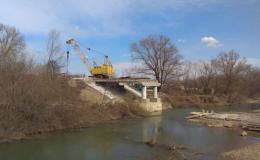Суд зобов'язав підрядника відшкодувати понад два мільйона за зруйнований міст у Сторожинці