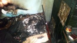 На Буковині в палаючому будинку загинула 21-річна мати та трьохмісячна донька