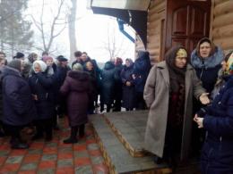 На Буковині перша церковна громада Глибоцького району хоче перейти з РПЦ до УПЦ (фото)