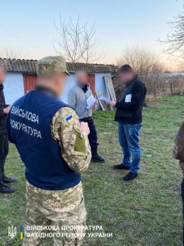 На Буковині офіцера прикордонного загону затримали на збуті наркотиків