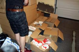 На Буковині у Верхніх Петрівцях знайшли понад 11 тисяч пачок незаконних сигарет