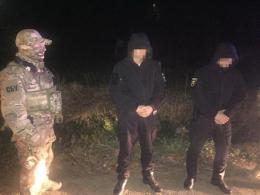 У Чернівецькій області на хабарі 600 доларів затримали двох інспекторів патрульної поліції (фото)