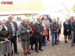 У Коритному зібрали 750 підписів за перехід до УПЦ КП (відео)