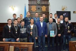 У Чернівецькій міськраді нагородили найкращих футболістів міського чемпіонату (фото)