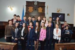 У Чернівцях в Ратуші проходять екскурсії для учнів чернівецьких шкіл