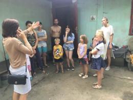 Через алкоголь у Чернівцях в матері забрали 7 дітей