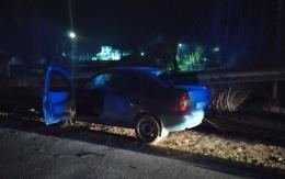 """На Буковині """"Lada Kalina"""" врізалась у відбійник, пасажир помер у «швидкій»"""