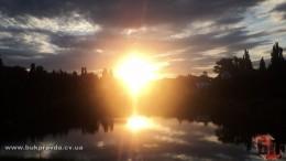 У Чернівцях, в озері на Південно-Кільцевій, рибалка виловив труп жінки