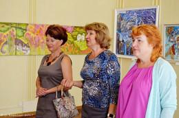 У Чернівцях відкрилась виставка художниць із Закарпаття (фото)