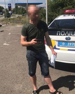 На Буковині затримали п'яного водія, який лаяв патрульних