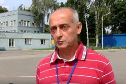 """""""Лазерні"""" хулігани наражають на небезпеку пасажирів аеропорту Чернівці (відео)"""