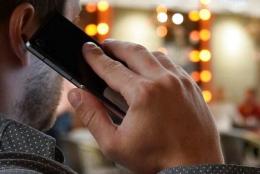 У Чернівцях телефонний шахрай ошукав пенсіонерів на 300 тисяч гривень