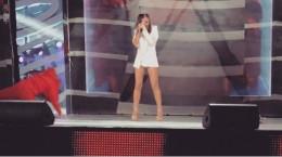 """Буковинка Ані Лорак """"забула одягнути спідницю"""" під час виступу на сцені (відео)"""