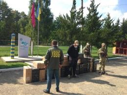 При спробі переправити до Румунії 14 тисяч пачок сигарет затримано мешканця Красноїльска (фото)