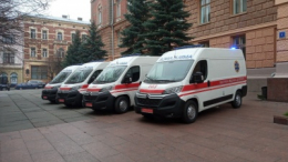 """На Буковину прибули вісім """"швидких"""", які закупили за кошти НСЗУ"""