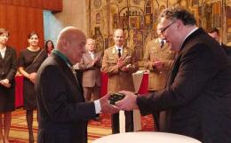 """Буковинця Москаля нагородили угорським хрестом """"За заслуги"""""""