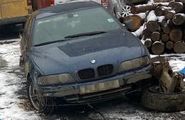 На Буковині BMW вилетіло з дороги та перекинулось, загинув молодий хлопець