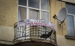 У Чернівцях жінка вирішила у свій спосіб закликати до примирення з Росією