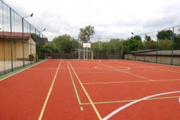 У Глибокій відкрили мультифункціональний спортивний майданчик