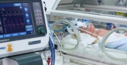 У Чернівцях двоє новонароджених з підозрою на COVID-19 перебувають під апаратами ШВЛ