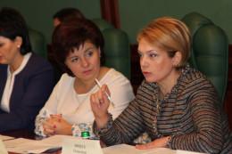 Міністр освіти у Чернівцях наголосила, що жодна школа з навчанням мовою нацменшин не буде закрита (фото)