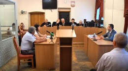 Провалилася чергова спроба судового розгляду справи про рекордний хабар (відео)