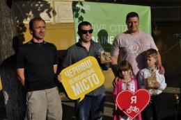 У Чернівцях відкрили ремонтну станцію для велосипедистів