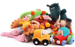 На ринку на Буковині виявили небезпечні дитячі товари