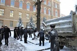 Папієв наголосив, що усі комунальні служби мають працювати за будь-якої погоди