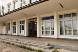 Затримали 24-річного зловмисника, який у розважальному закладі Банилова обікрав буковинку