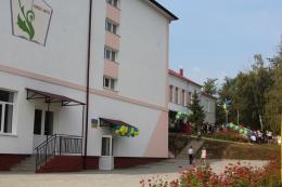 На Буковині відкрили школу, яку будували вісім років