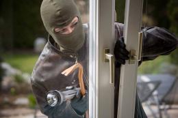 Поліція викрила двох крадіїв, які обкрадали чернівчан