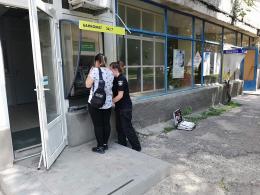 У Чернівцях невідомі підпалили банкомат на вулиці Руській