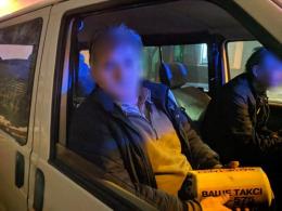 У центрі Чернівців патрульні затримали п'яного таксиста