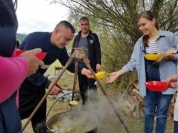 У громаді на Буковині провели кулінарні змагання серед старост сіл (фото)