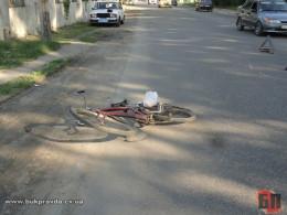 На Буковині «ВАЗ-2105» збив 9-річного хлопчика на велосипеді