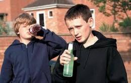 У Чернівцях під «прикриттям» пенсіонерки дітям продавали алкоголь